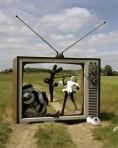 tim-walker-gareth-pugh-model-british-vogue-2008