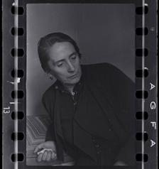 "Dolores Ibarruri (Πασιονάρια), Μαδρίτη-1936. © David ""C 1936. Magnum Photos, International Center of Photography, David Seymour Estate."