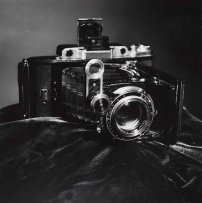 camera-on-black-cloth-photographer-and-date-unknown-© victoria-and-albert-museum