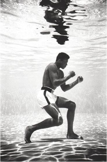 Flip Schulke 'Ali Underwater', 1961. Courtesy Keith de Lellis Gallery