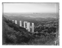 ©christopher thomas, hollywood sign i, hollywood hills, 2017