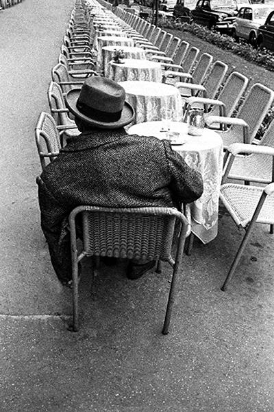 ο ποιητής Βιντσέντσο Καρνταρέλι © Paolo Di Paolo