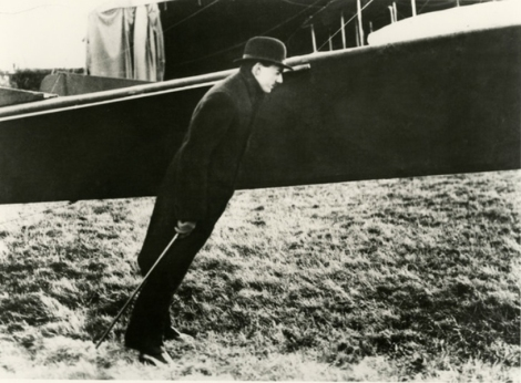 ο Ζισού κόντρα στο ρεύμα αέρα του έλικα, 1911 © Ministère de la Culture - France