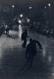 Roy DeCarava, Dancers, New York, 1956 © Crocker Art Museum